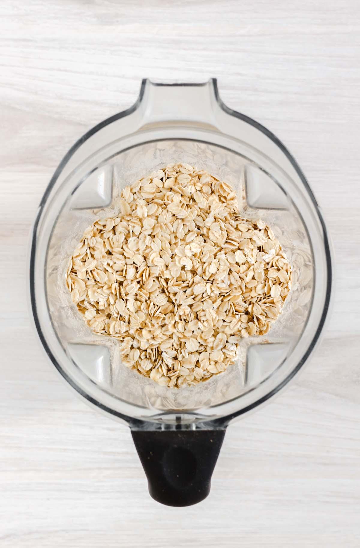 rolled oats in a blender